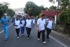 2. Acara jalan santai dalam rangka Hari Nusantara