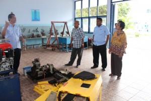 5. Kunjungan ke instansi Bengkel Mesin