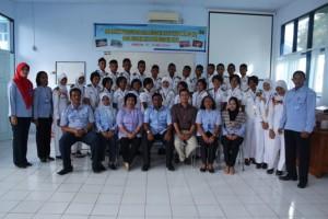Foto bersama Kepala Sekolah, narasumber dan peserta kegiatan pelatihan sertifikasi CBIB