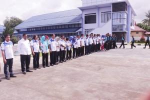 Kedatangan para calon siswa baru di sambut dengan suka cita oleh para pegawai SUPM Waiheru Ambon