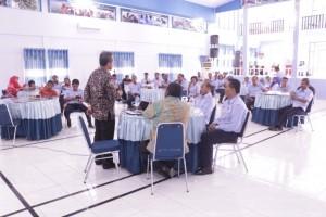 Arahan Kepala Pusat Pendidikan KP kepada seluruh pegawai SUPM Waiheru Ambon yang di dampingi oleh Kepala SUPM Waiheru Ambon